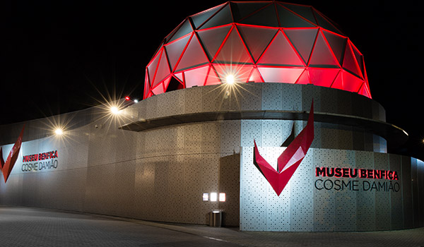 iluminacao-arquitetural-LED_museu-benfica-thumb