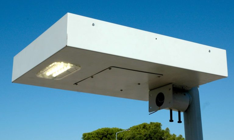 LLESA Solar Luminaire - LED technology, 100% grid autonomous