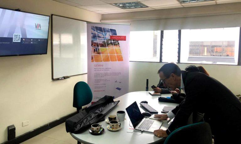 Presentación de la Luminaria en la Escuela Colombiana de Ingeniería Julio Garavito
