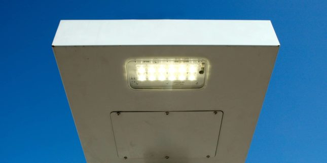 LLESA: Luminaria LED Solar Autónoma 03